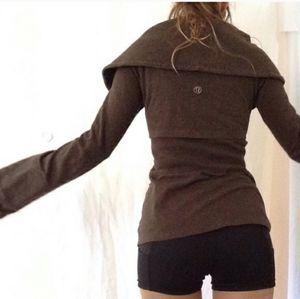 Lululemon Rare Gray Cowl Neck Flare Sleeve Coat